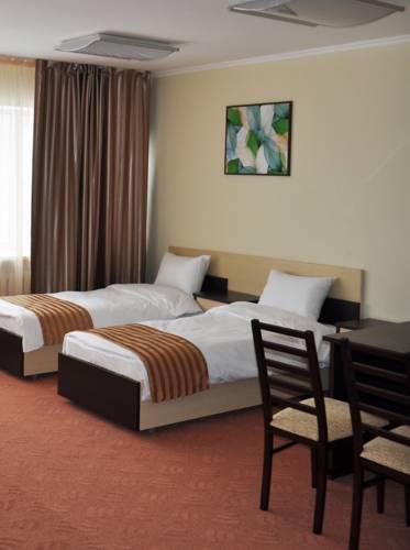 Azamat Hotel