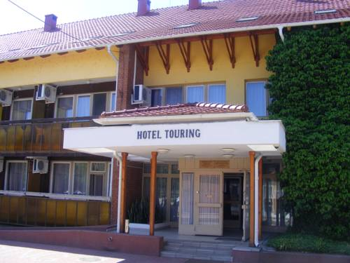 Touring Hotel Cserkeszőlő