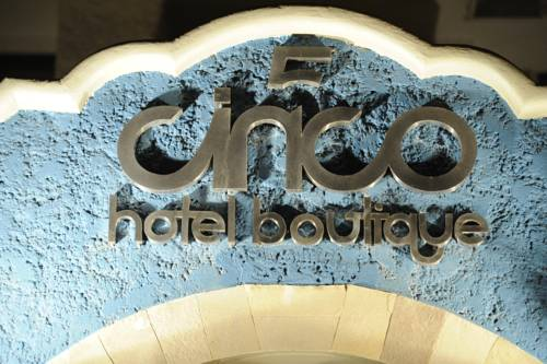 Hotel Boutique Cinco