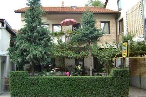 Pasko Apartments