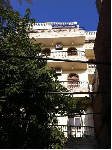 Ramsess Hostel