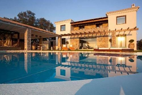 Luxury Villa Piedra