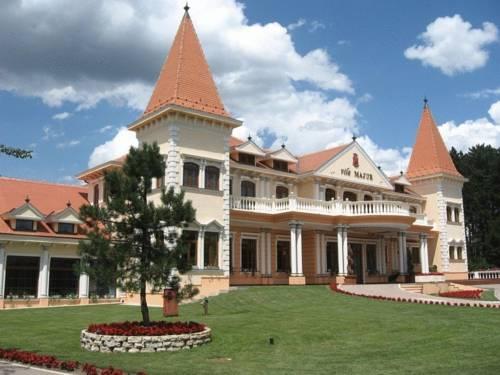 Hotel Villa Majur