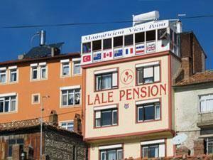 Lale Pension