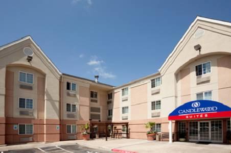 Candlewood Suites Austin - South