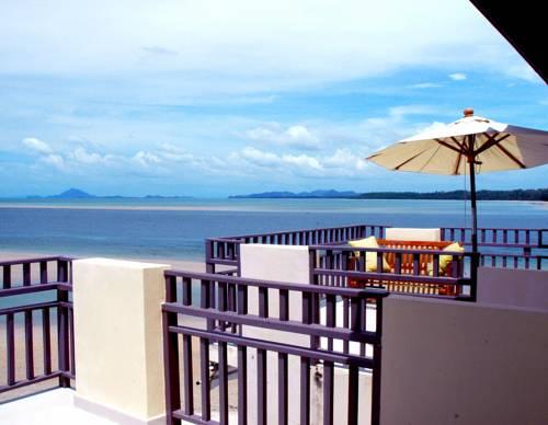Lanta All Seasons Beach Resort