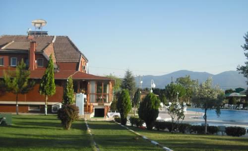 Villa Familia