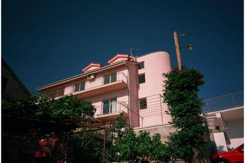 Pink Inn