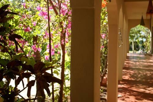 Katamah Beachfront Resort