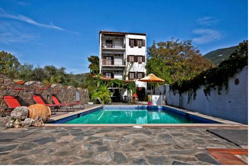 Hotel Seranides