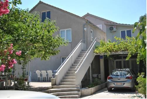 Apartments Lastavica