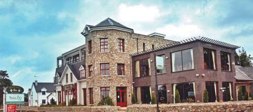 Sean Ogs Hotel
