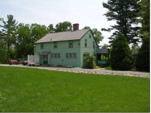 Tuckernuck Inn