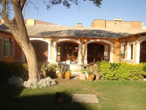 Ñaupa House Hostel