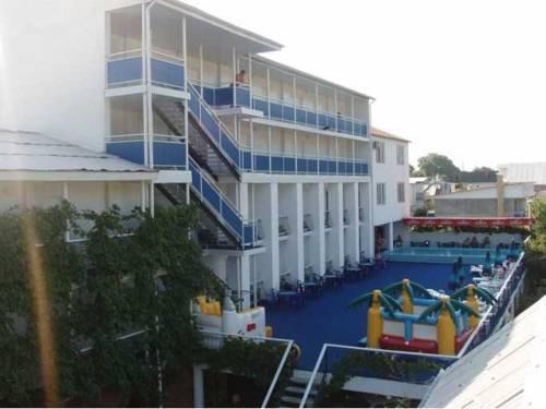 Oreshnik Hotel