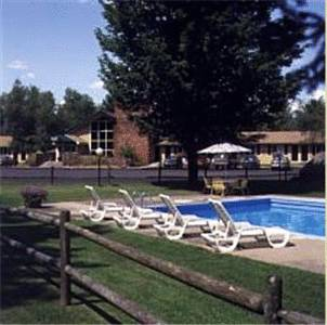 Town & Country Resort At Stowe