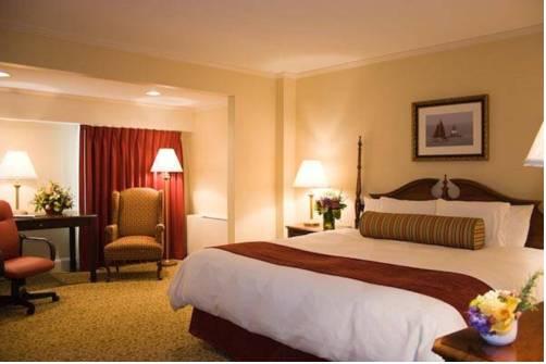 Hilltop Hotel & Conference Center