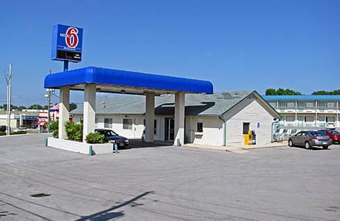 Motel 6 Fayetteville