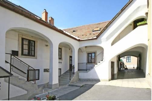 Barokk Vendégház - Apartman