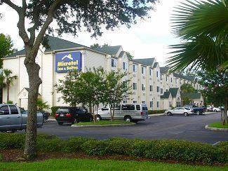 Hometown Inn & Suites Jacksonville