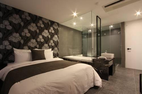 Dongrae Amare Hotel