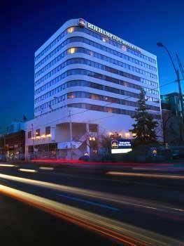 Best Western Plus Roehampton Hotel & Suites