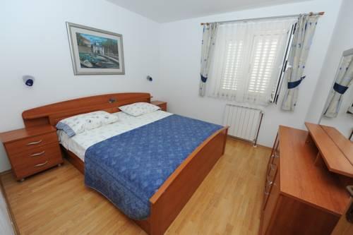 Barun Apartments