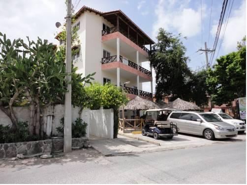 Ernest 8 Apartment