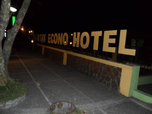 Tagaytay Econo Hotel