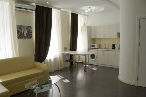 Suisse Guest House (Apartments)
