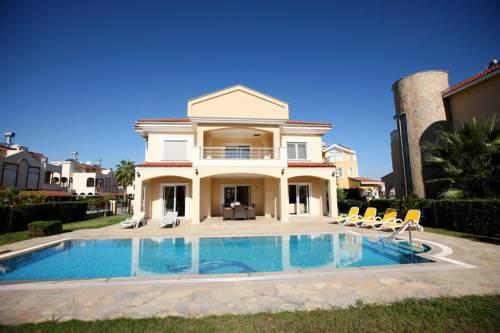 Palm Lane Residence