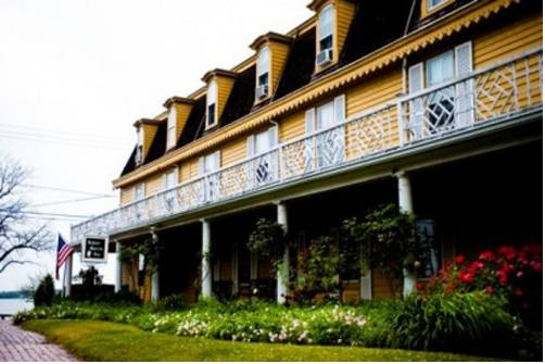 The Robert Morris Inn