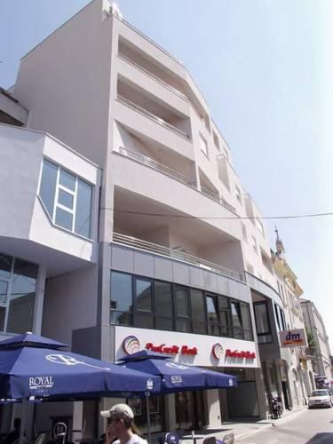 Apartments Zvijezda