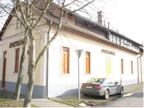 Apartmanház Gyula