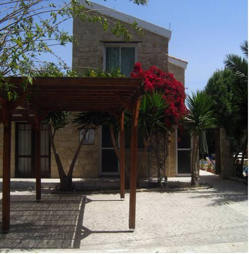 Lakis Papamichael Holiday Villas