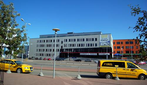 City Hotel Portus