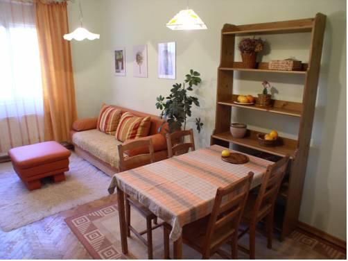 Apartment Jos Tour As