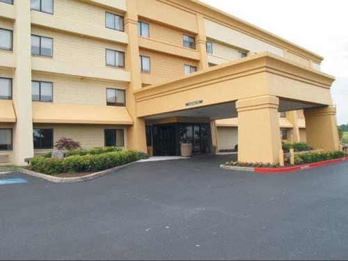 La Quinta Inn & Suites Springdale