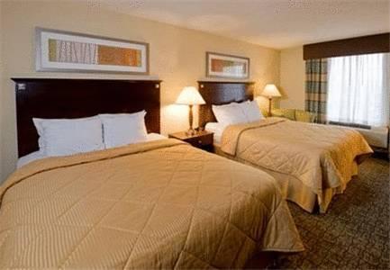 Comfort Inn & Suites Philadelphia Premium Outlets Area