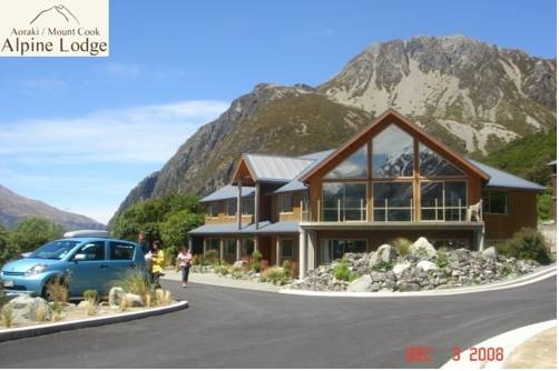 Aoraki Mount Cook Alpine Lodge