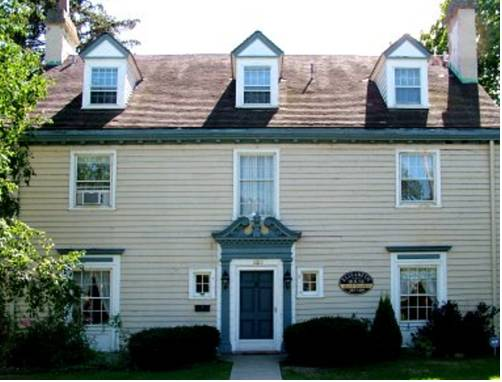 The Elizabeth House Bed and Breakfast