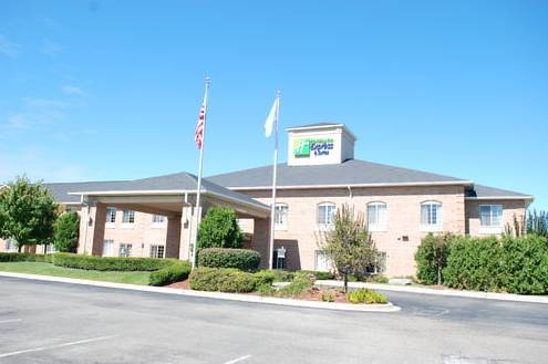 Holiday Inn Express Hotel & Suites Fenton