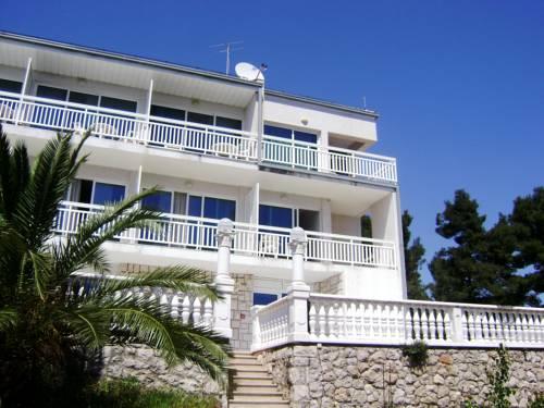 Hotel Villa Julija