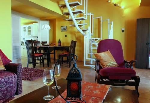 Maharaja Apartment