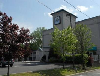 Days Inn - Albany
