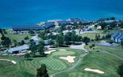 Harbourtowne Golf Resort