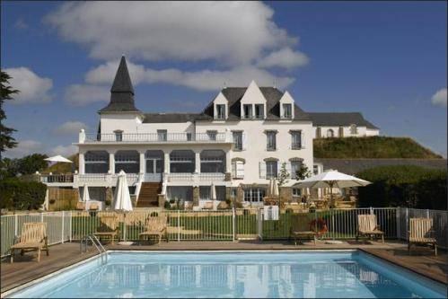 Hôtel-Restaurant-Spa Le Tumulus