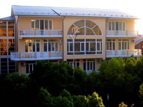 Katran Hotel
