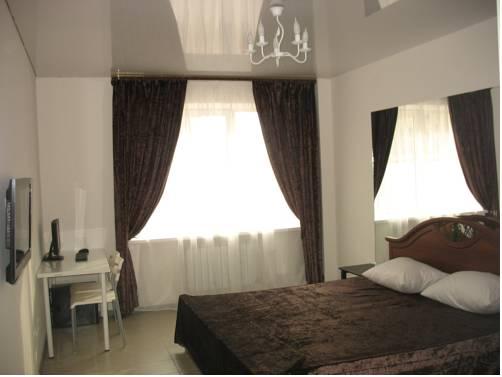 Five Rooms Hotel