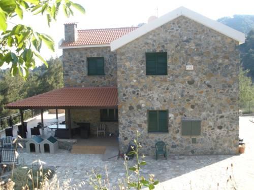 Moniatis Mountain Villa